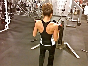 Anh's upper back in contracted/stretch position